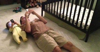 "The Funniest ""Like Father, Like Son"" Pics Ever Taken"
