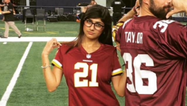 Mia Khalifa Gets Roasted After Trying To Troll Cowboys Fans